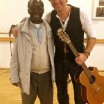 Thomas Busse mit Abbé George nach dem Benefizkonzert